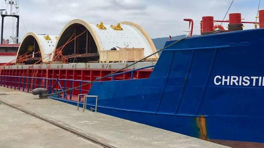 Retenido en puerto por inseguro un barco con piezas fabricadas en Vigo para Rusia