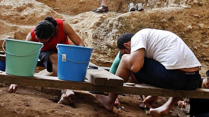 El covid obliga a suspender las excavaciones de El Salt en Alcoy por primera vez en 30 años