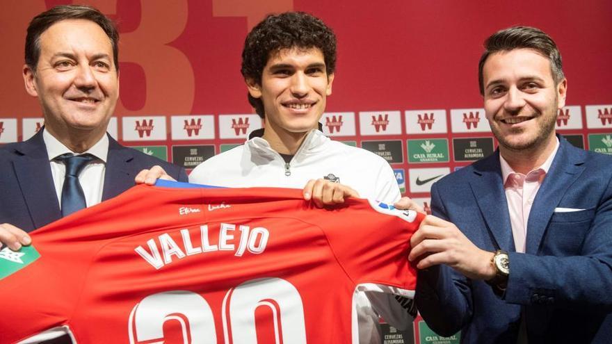 El Real Madrid vuelve a ceder a Jesús Vallejo al Granada