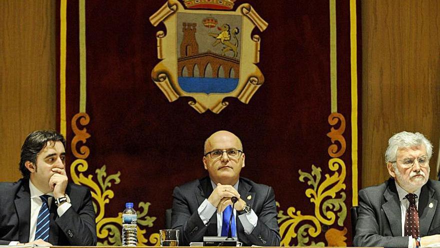 La Diputación instará al Estado a que traspase la AP-53 a la Xunta y que no aplique peaje en autovías