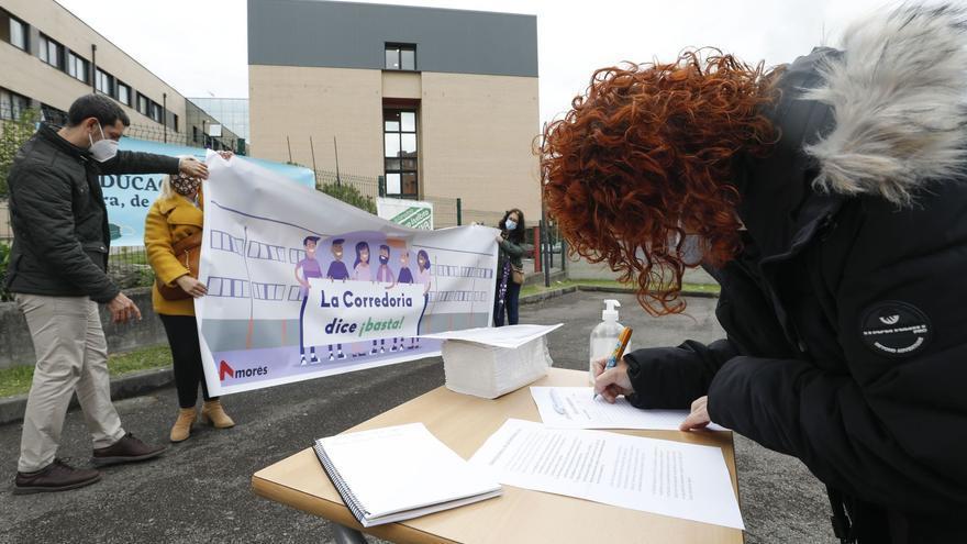 """El IES de La Corredoria clama contra el horario escolar de tarde: """"Es imposible conciliar"""""""
