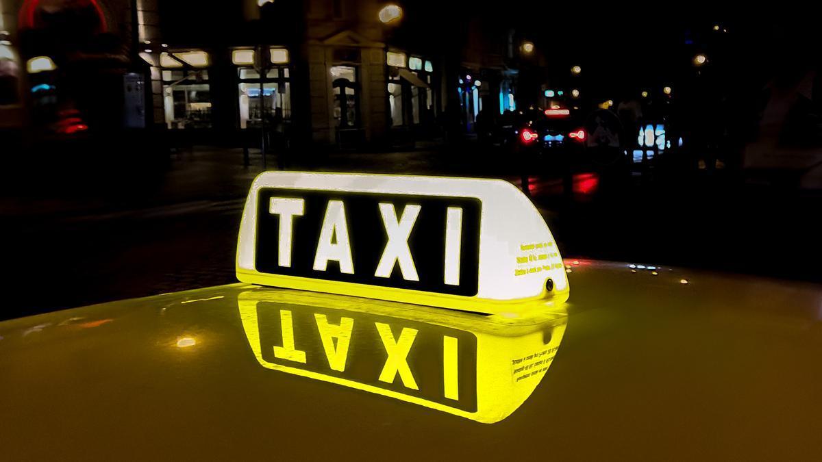 Detalle de un taxi en una imagen de archivo.