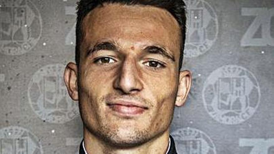 Pablo Zotes renueva y  sale cedido al Atlético Astorga