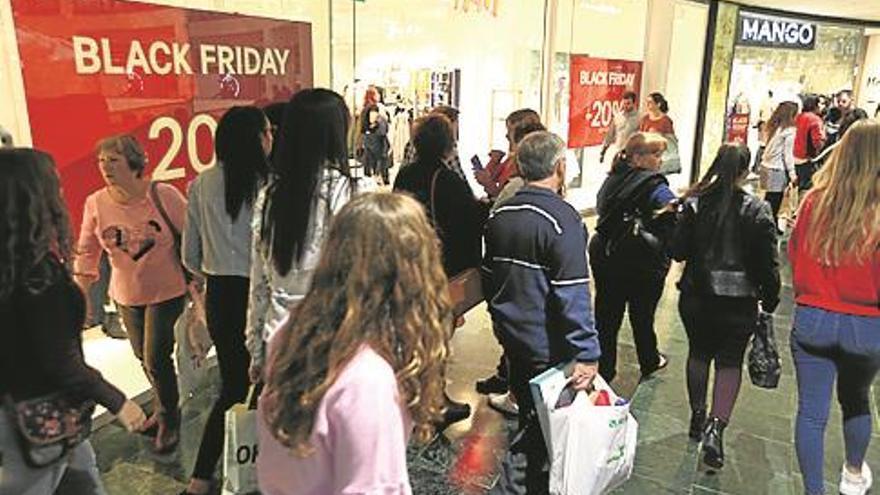 Furor por comprar más barato en el Black Friday