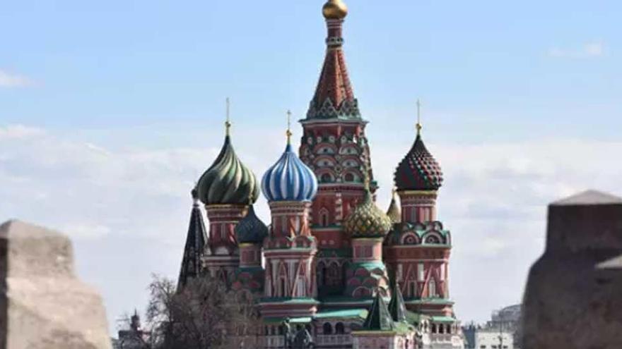 Mas de 50 heridos por el derrumbe de un puente a las afueras de Moscú