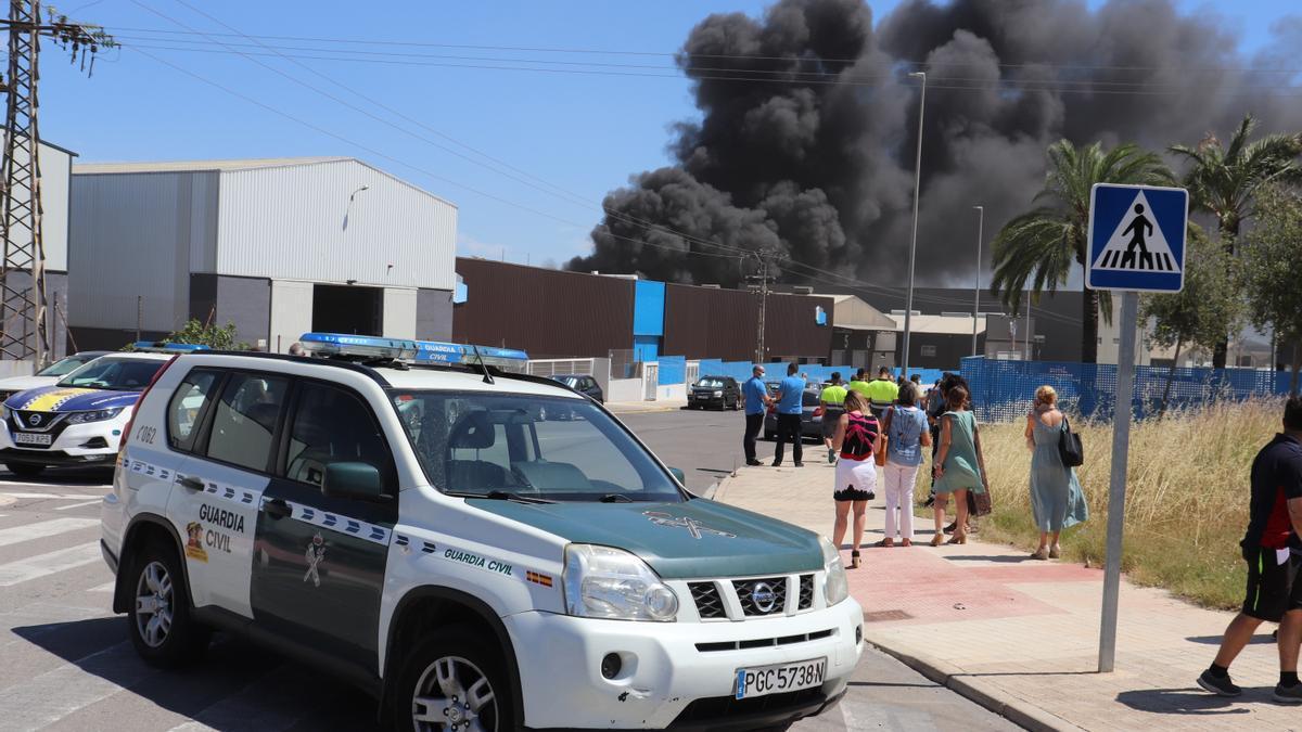 Incendio en una empresa química de Picassent