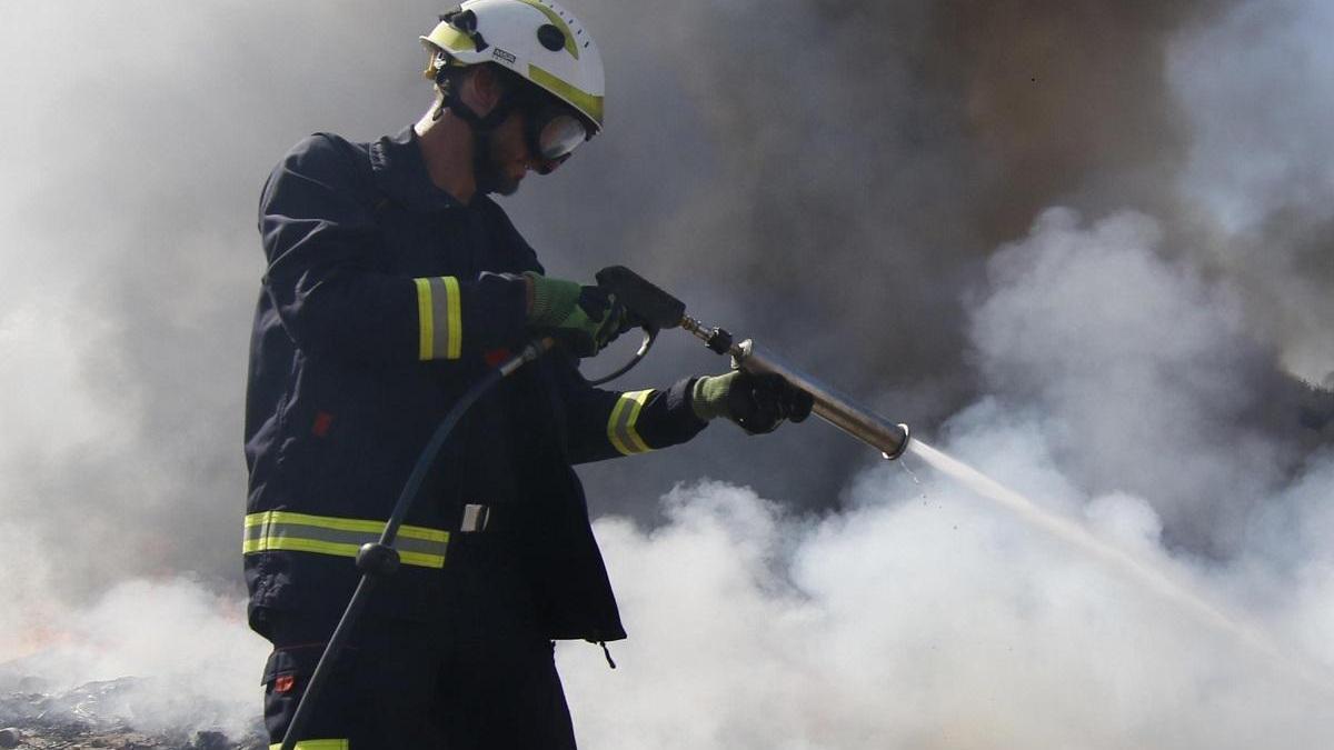 Incendio sin heridos en una casa de la barriada de Majaneque