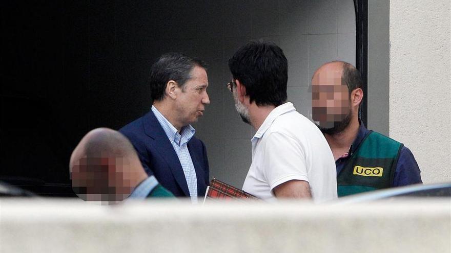Telefónica 'rompe' con Zaplana y Génova le suspende de militancia