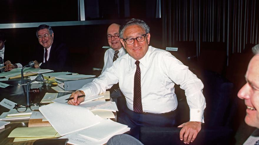 Kissinger advirtió a Juan Carlos I sobre la necesidad de un Gobierno central sólido en España