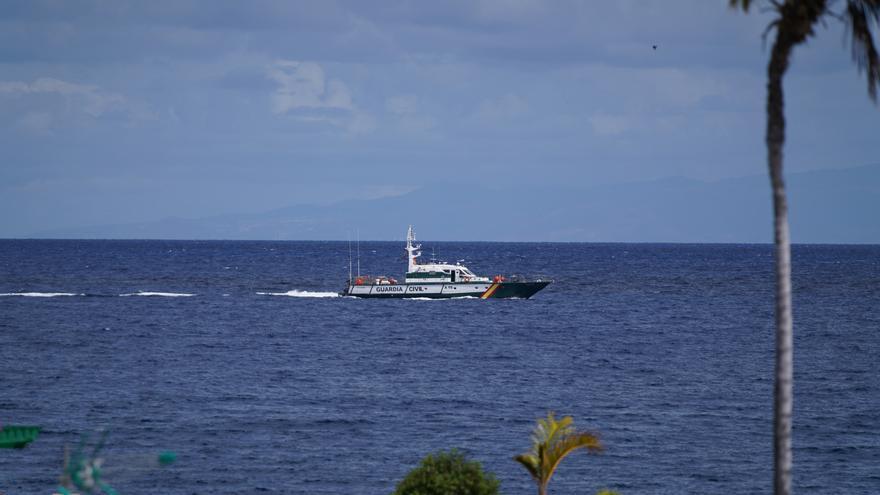 Niñas desaparecidas en Tenerife: El robot halla una botella de buceo y una sábana en la zona de búsqueda
