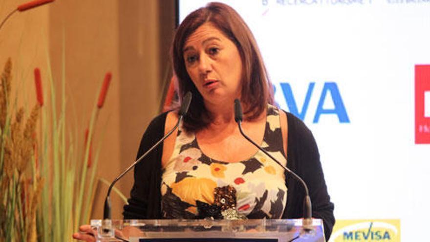 Francina Armengol anuncia la regulación del todo incluido en Baleares