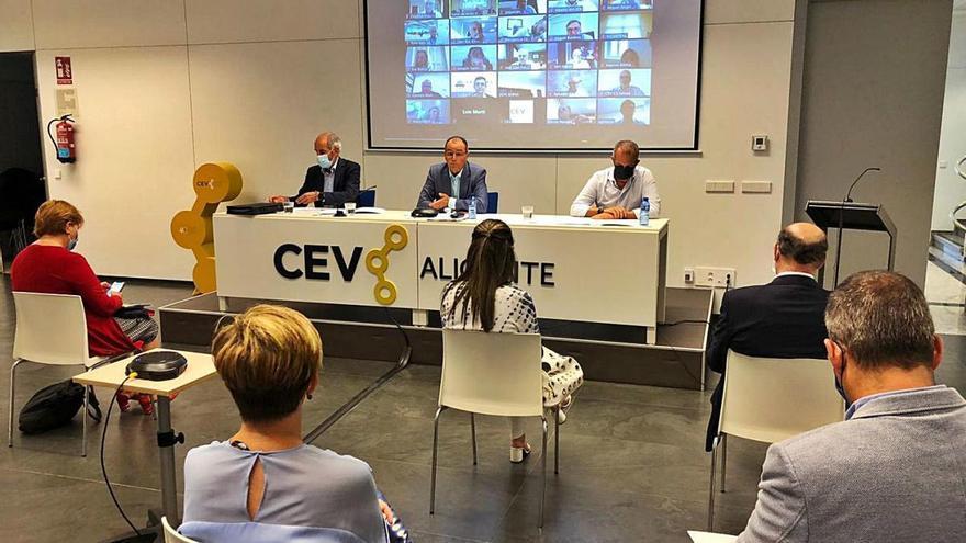 La CEV reclama  políticas públicas para fortalecer el sector industrial