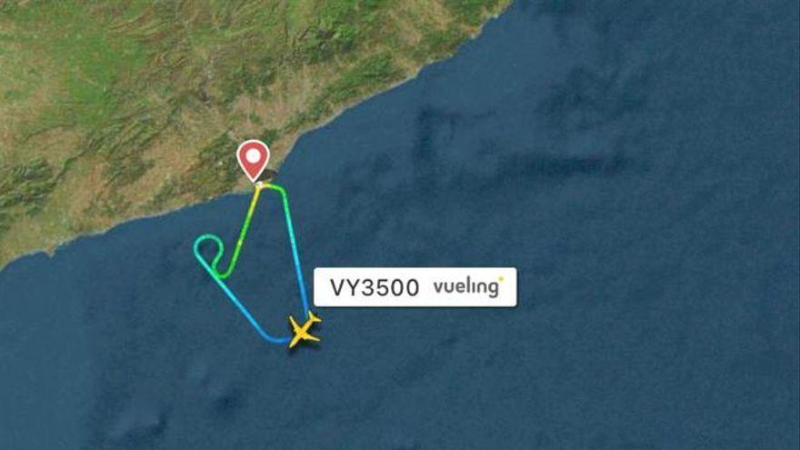 Un avión con destino a Ibiza regresa a Barcelona por el ruido en un motor