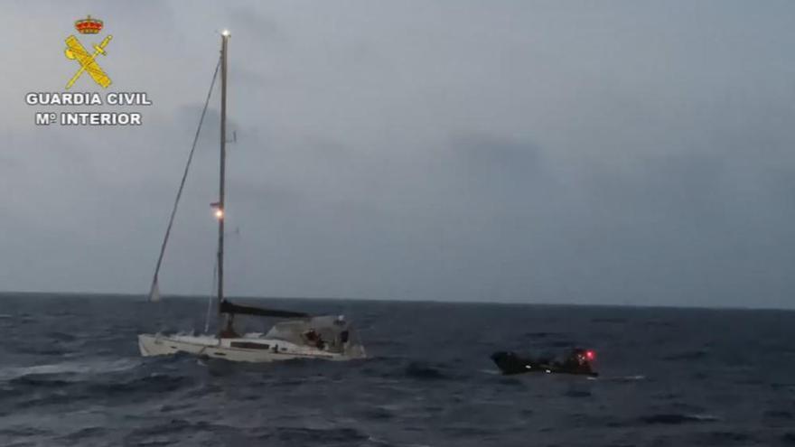 Interceptan al velero de la cocaína cerca de La Palma