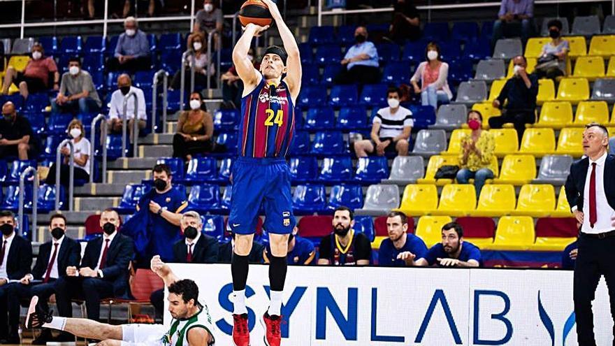 Els triples de Kuric impulsen el Barça cap a semifinals