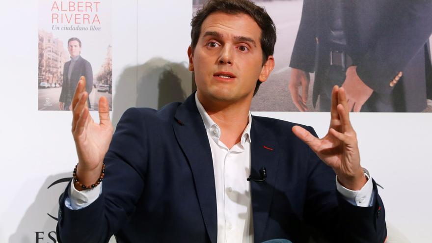 Albert Rivera espera que el actual Gobierno andaluz «dure muchos años»