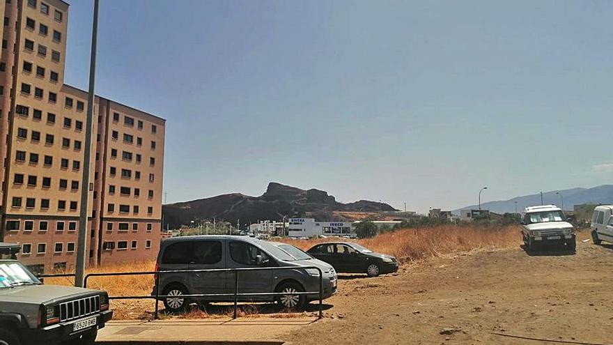 Proyectan 144 plazas de aparcamientos en la calle Juan Albornoz 'Sombrita'