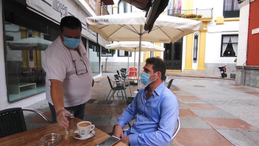 Andalucía permitirá desde este viernes a las cafeterías abrir de 18 a 20 horas sin venta de bebidas alcohólicas