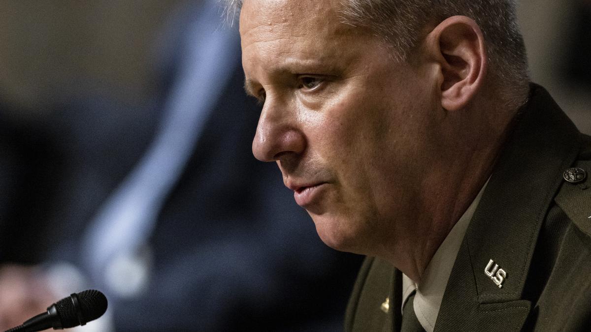 El director de la Agencia de Inteligencia de la Defensa de Estados Unidos.