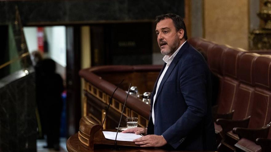 La tragedia del paso a nivel del tren en Novelda llega al Congreso de los Diputados