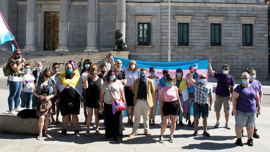 Transexuales exigen el impulso urgente de una ley para acabar con la discriminación