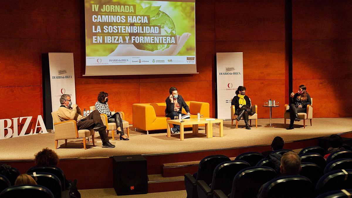 Un momento de la mesa redonda que cerró la jornada del Club Diario de Ibiza.