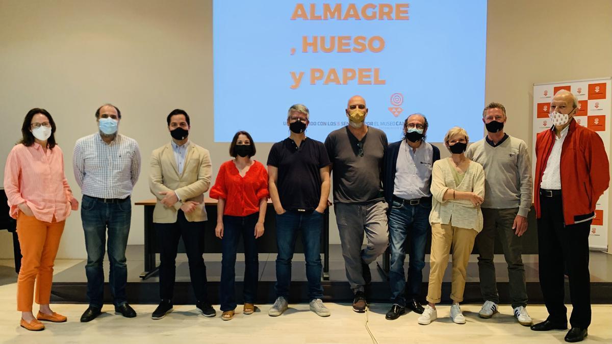 El Museo Canario diseña una visita basada en los sentidos