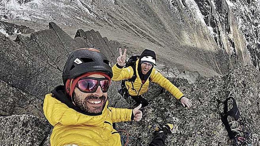 Los hermanos Pou abren una ruta en el Himalaya dedicada a Miquel Riera