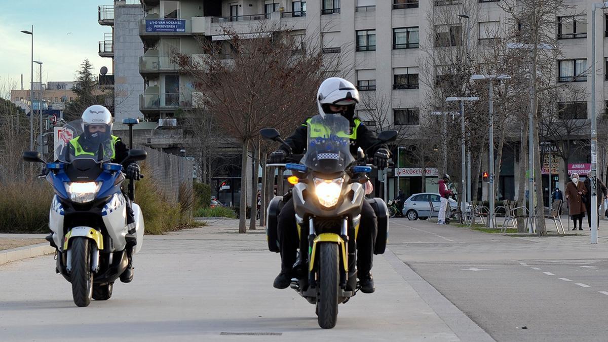 Agents de la Policia Municipal de Girona, en una imatge d'arxiu