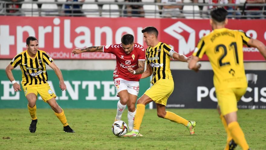Un Real Murcia que no juega a nada empata ante el Pulpileño (1-1)