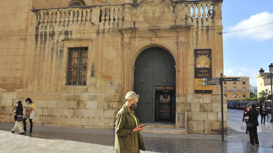 Elche pida la implicación del Ministerio de Cultura en la rehabilitación de la basílica de Santa María
