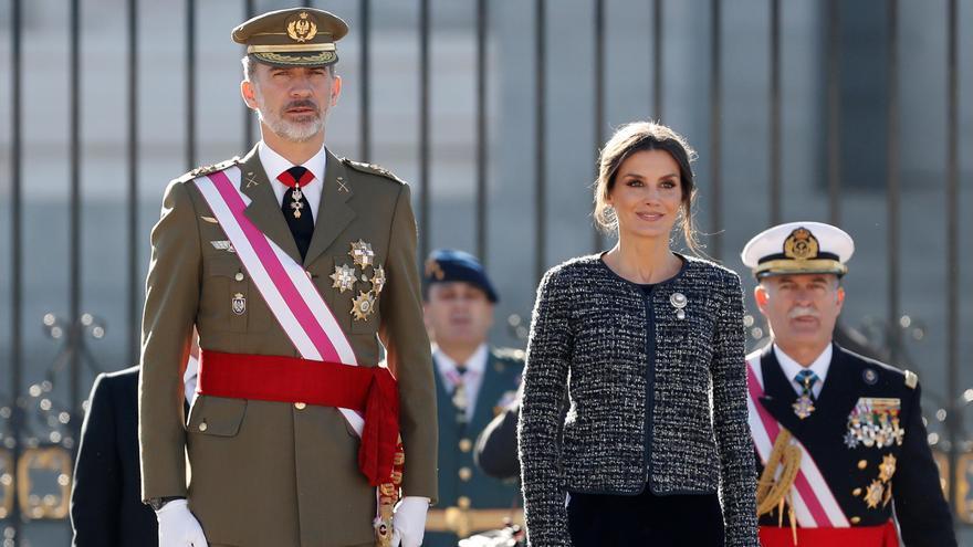 Los Reyes presiden un Día de Fuerzas Armadas en formato reducido