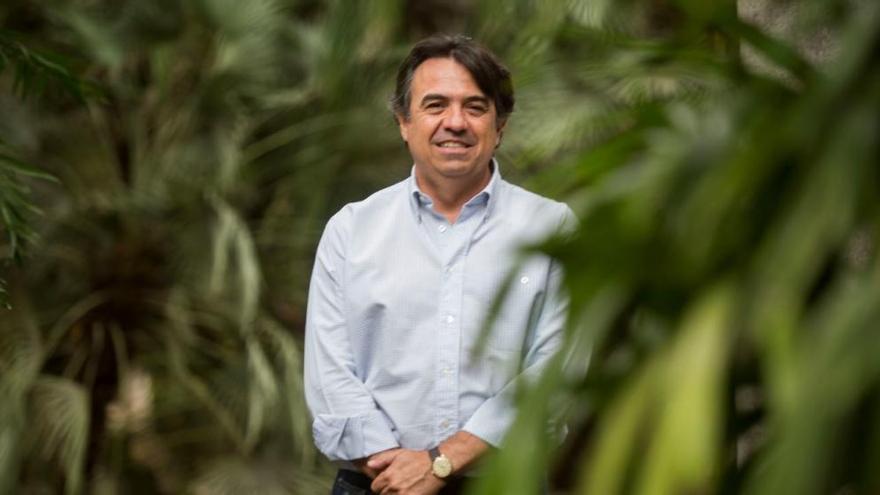 Martí Domínguez conjuga literatura  i ciència