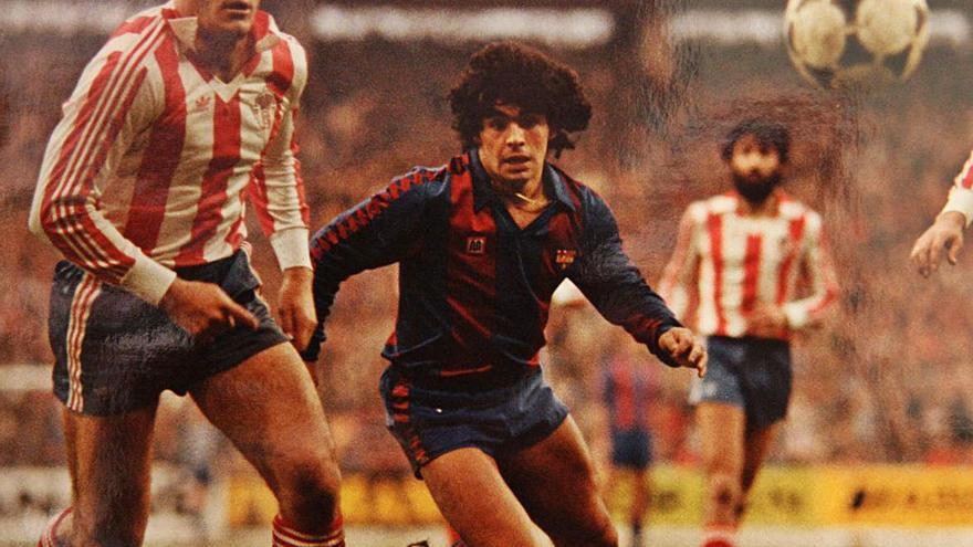 """Así fueron los históricos marcajes a Maradona de Luis Manuel y Espinosa en Asturias: """"Nos podía dejar en ridículo..."""""""