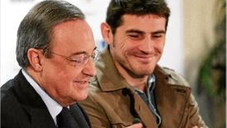 Unes gravacions de Florentino el 2006 revelen atacs a Casillas i Raúl