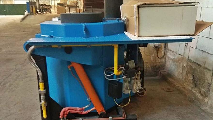 Grupo Riesgo revendió a la fábrica de Avilés por 62.000 euros un horno comprado por 9.000 para La Coruña