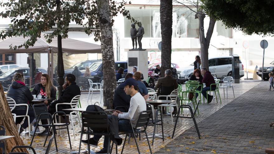 La isla de Ibiza inicia la desescalada la próxima semana con la apertura de las terrazas