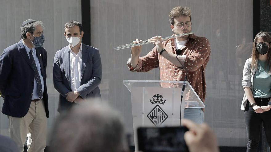 Palma rinden tributo a la memoria de los judíos perseguidos