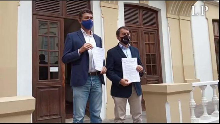CC y PP presentan la moción de censura en Santa Cruz de Tenerife