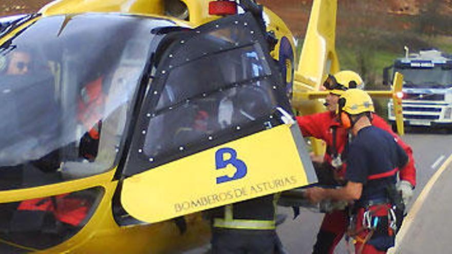 El Principado paga una media de 500.000 euros al año por horas extra de bomberos, afirma CSI