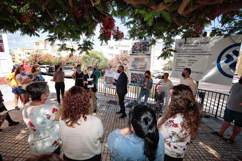 Presentación de obras de accesibilidad en Tío Pino