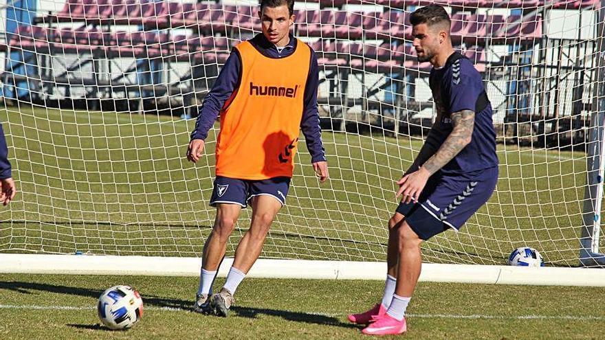 Salmerón no quiere despistes frente al Sevilla Atlético