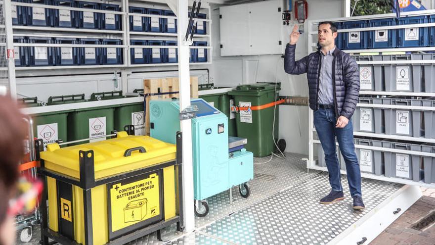 El ecoparque móvil que costó 150.000 euros al Consorcio de Residuos lleva 3 meses sin contrato