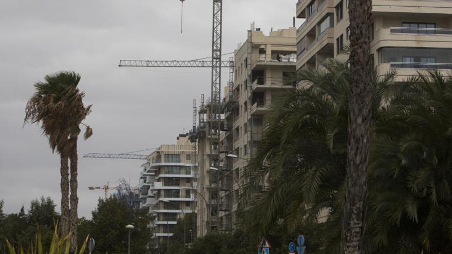 Los edificios nuevos deberán incluir una preinstalación para puntos de recarga de vehículos eléctricos