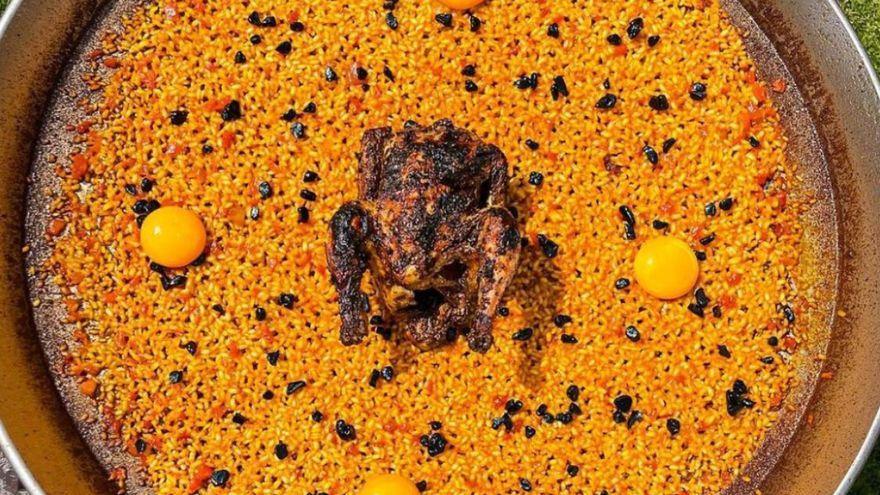 La 'paella' con yemas y pollo a la brasa, la última creación de Dabiz Muñoz