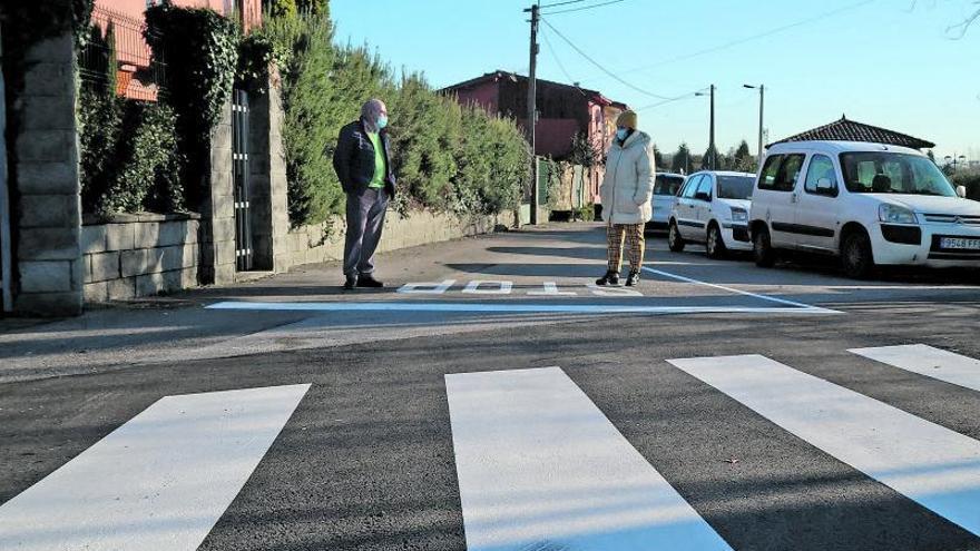 Llanera finaliza la obra del cruce peatonal frente al colegio de Lugo