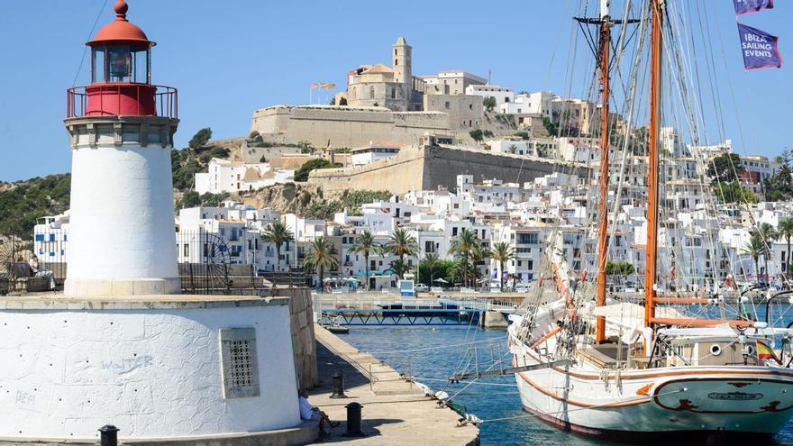 Besuch im Welterbe Ibiza-Stadt - einen Gutschein gibt es obendrauf