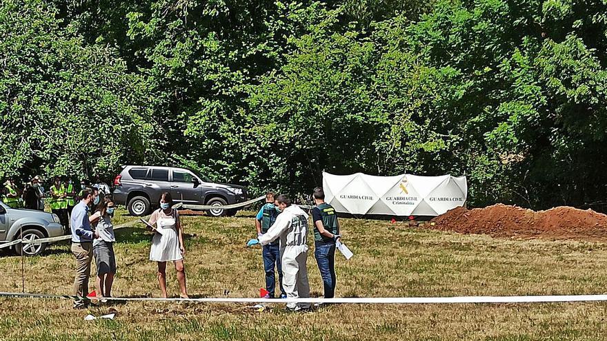 La tardanza del informe forense retrasa la actuación en las fosas comunes de Grado