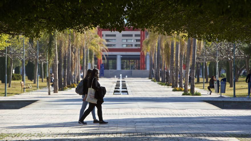 Convocan las becas salario para universitarios