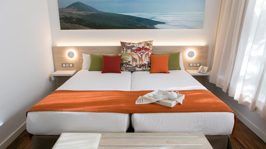 Las pernoctaciones hoteleras se desploman un 70,2% en Canarias en 2020